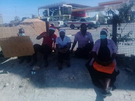 Tsandi Shoprite workers on strike