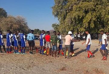 Uzigo runs over Mokasi in Back to Sport Day on the Move